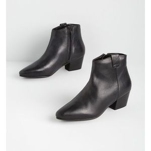 Chelsea Crew ModCloth black ankle boots